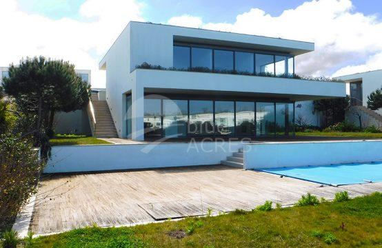 1004 | Moradia T4, com piscina e jardim, no Bom Sucesso Resort