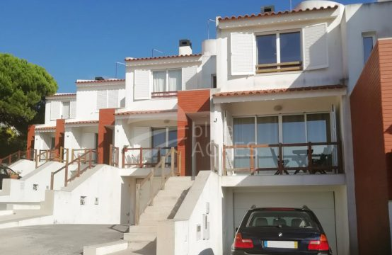 1009 | 3 bedrooms villa, condominium with pool, in front of Óbidos Lagoon