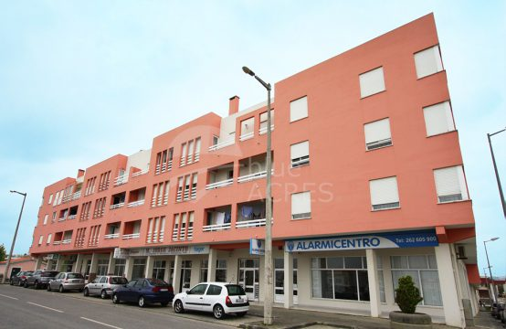 2005 | Apartment on the 1st floor, next to the schools, Bombarral