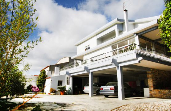 1008   7 bedrooms house in Usseira, five minutes from Óbidos Castle