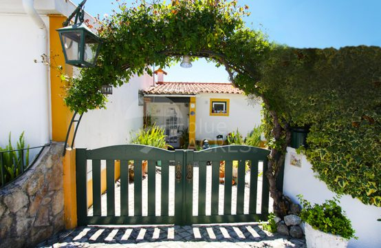 1014 | 1 bedroom house, with yard, near Óbidos Castle