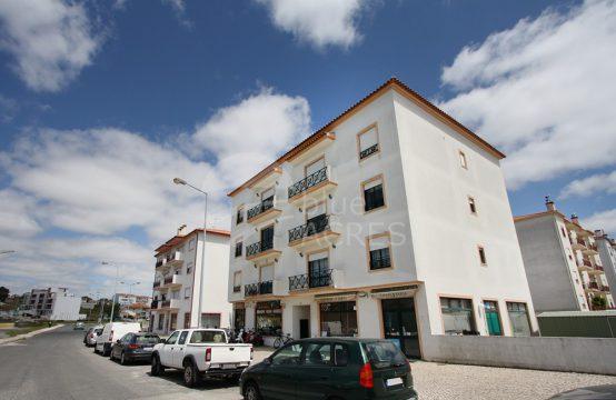 2007 | 3 bedrooms apartment, with garage and balconies, Caldas da Rainha