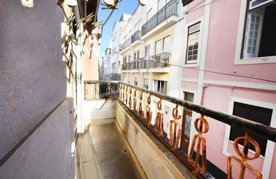 2008 | Apartamento T3, centro de Caldas da Rainha