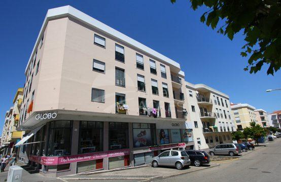 2010 | Apartamento T3, totalmente renovado, centro de Lourinhã