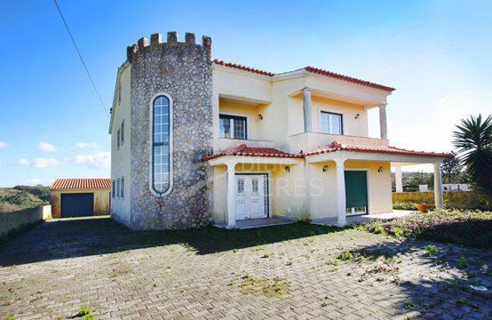 1044 | Moradia T4, com terreno, financiamento até 100%, Gaeiras, Óbidos