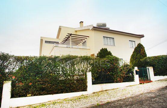 1047 | Moradia T6 grandiosa, zona nobre, junto ao centro Caldas da Rainha