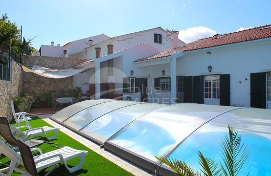 1218-598 | Moradia T3+1, com piscina, pronta a habitar, na aldeia de Vilar, Cadaval