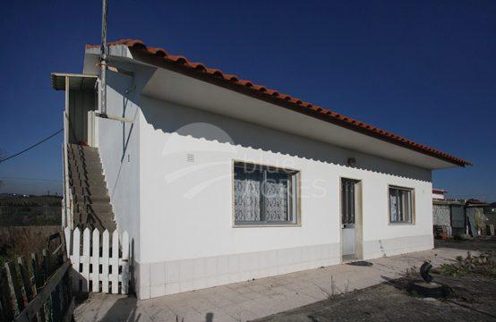 1092 | Pequena moradia de campo, logradouro e anexos, Qta. do Carvalhedo