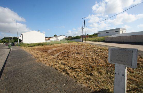 3021 | Lote de terreno urbano, com autorização de construção, Portela